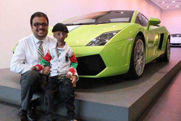 Kid with progeria celebrates 15th birthday with Lamborghini Mumbai - 3