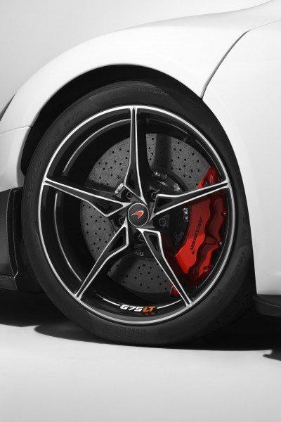 McLaren 675LT (6)