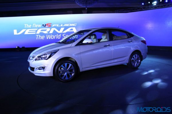 New 2015 Hyundai 4S Fluidic Verna Launched in India (11)
