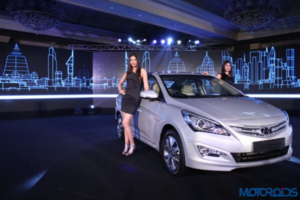 New 2015 Hyundai 4S Fluidic Verna Launched in India (2)