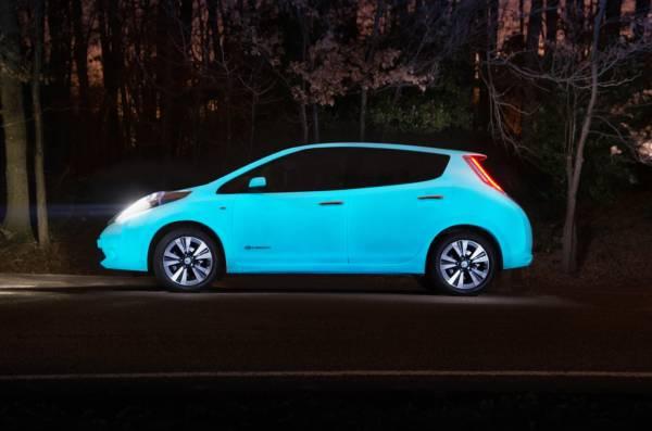 Nissan Leaf glow-in-the-dark (2)
