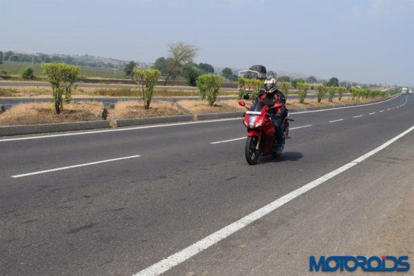 2014 Hero Motocorp Karizma review (8)