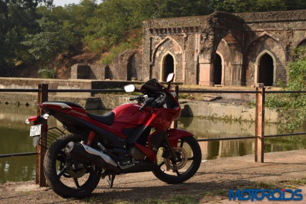 2014 Hero ZMR touring review (10)