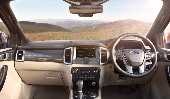 2015 Ford Endeavour (7)