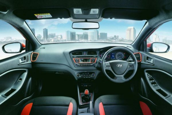 2015 Hyundai i20 Active Official (3) - Interior - Tangerine orange+Black