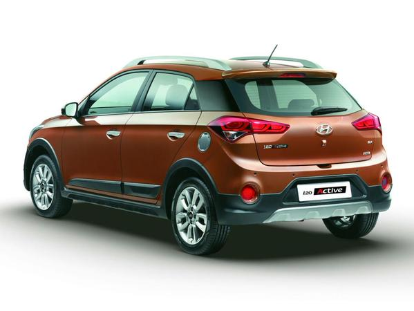 2015 Hyundai i20 Active Official (5)