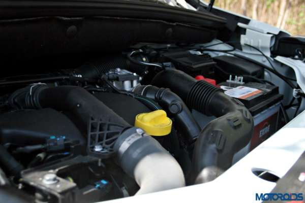 2015 Renault Lodgy - Engine Bay (1)