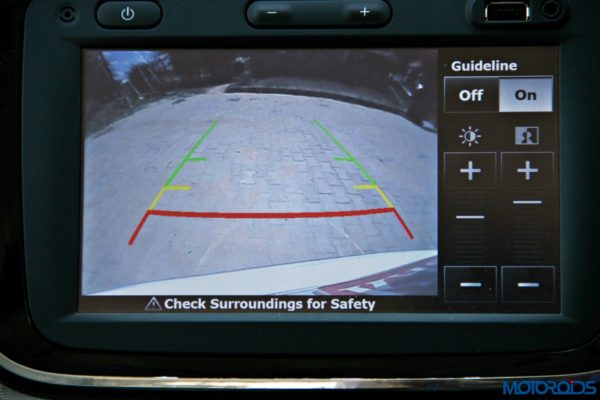 2015 Renault Lodgy - Reverse Camera Footage