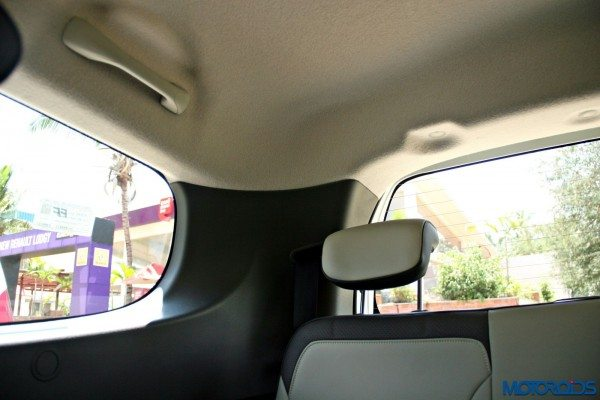 2015 Renault Lodgy - Third Row Headrest