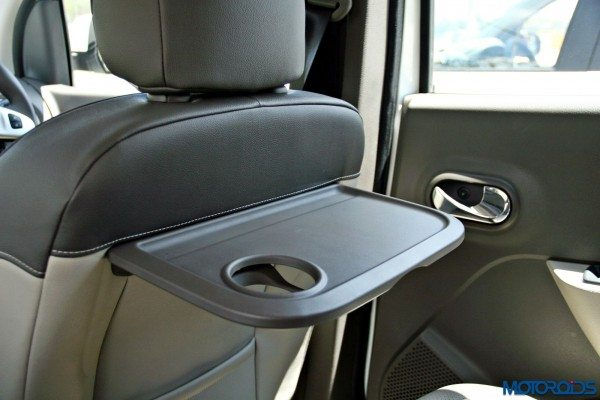 2015 Renault Lodgy - Tray Table
