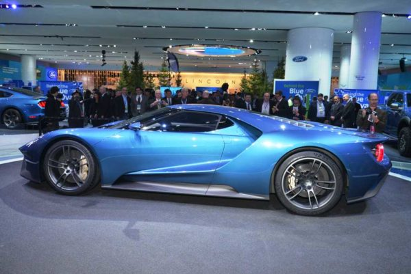 2016 Ford GT (2)