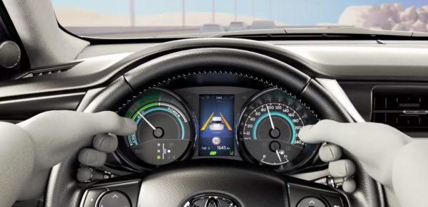 2016 corolla altis facelift revealed via official video motoroids for 2016 toyota corolla s interior