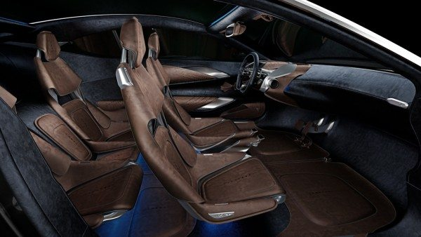 Aston Martin DBX (4)