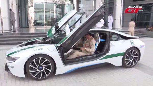 BMW-i8-Dubai-Police