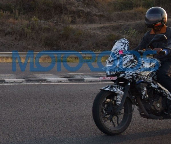 Bajaj Pulsar 200 Adventure Sport Spied in Pune (3)