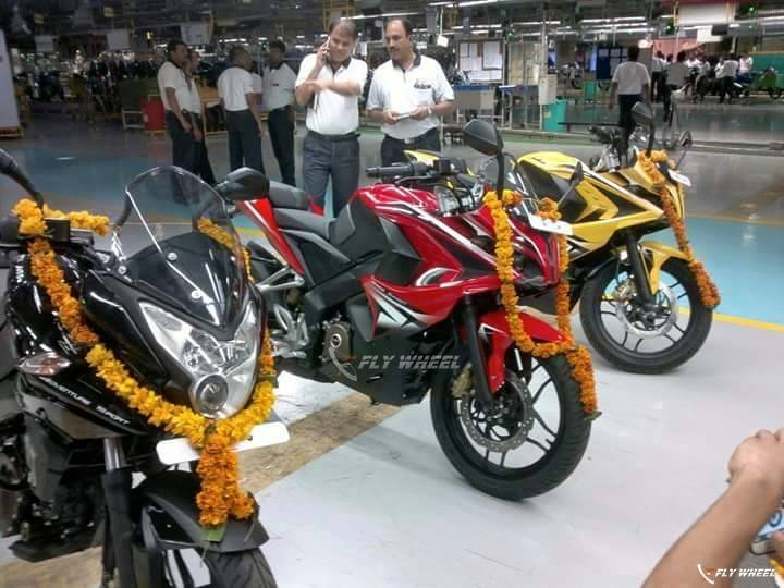 Images From Production Plant Bajaj Pulsar RS200 And AS200