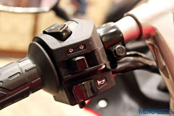 Bajaj Pulsar RS200 Launch - Switch Gear - Left Side