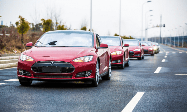 Chinese Start-up offers Tesla Model S as an year-end bonus to its employees (1)