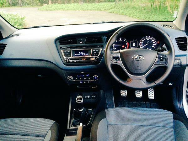 Images hyundai i20 active launching on march 17 2015 for Hyundai i20 2015 interior
