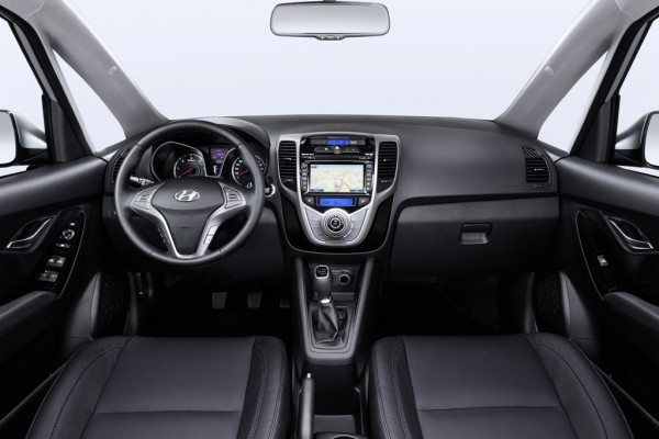 Hyundai-ix20-Dashboard-Zentral