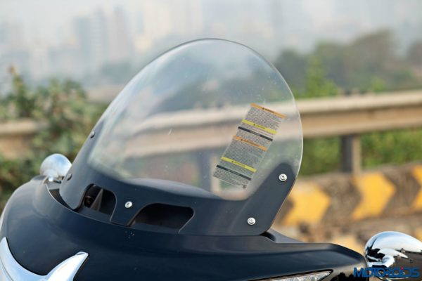 Indian Chieftain front windscreen (46)
