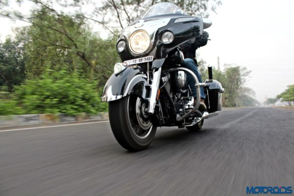 Indian Chieftain right side view action shots (29)