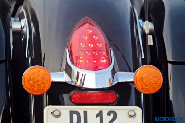 Indian Chieftain tail light and blinkers (58)