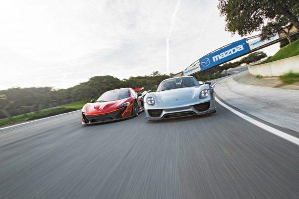 Mclaren P1 vs Porsche 918 Spyder (1)