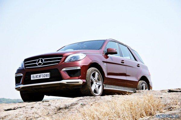Mercedes-Benz ML 63 AMG Front left three quarters (9)