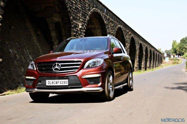Mercedes-Benz ML 63 AMG Front left three quarters(1)