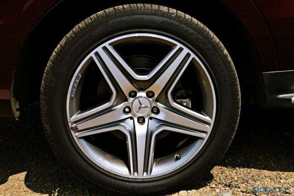Mercedes-Benz ML 63 AMG alloy wheels(39)