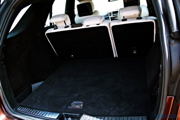 Mercedes-Benz ML 63 AMG boot space (55)