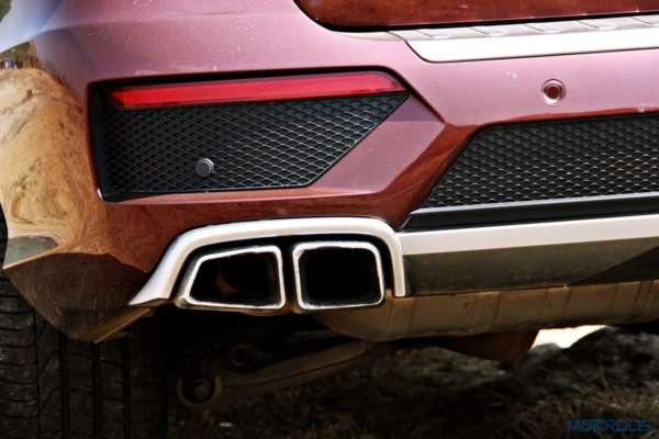 Mercedes-Benz ML 63 AMG exhaust tips(28)