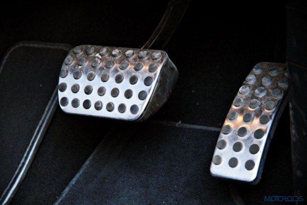 Mercedes-Benz ML 63 AMG pedals (116)