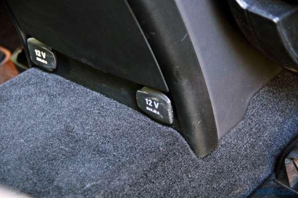 Mercedes-Benz ML 63 AMG power socket(108)