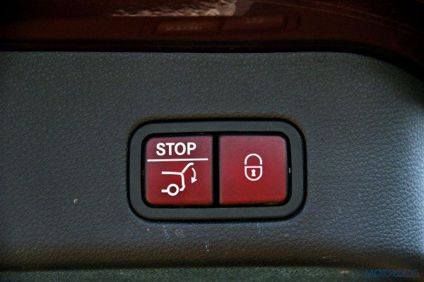 Mercedes-Benz ML 63 AMG tail-gate switch (56)