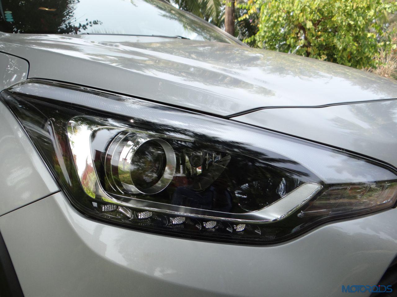 New Hyundai I20 Active Front Headlight Motoroids Com