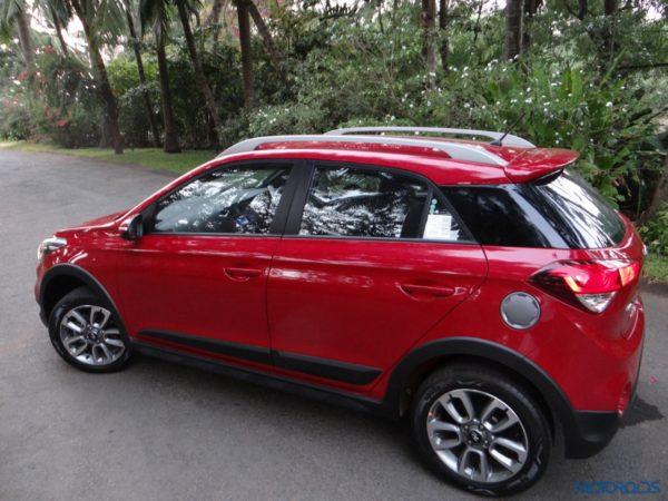 New Hyundai i20 Active 1 2 Petrol/1 4 Diesel Review: Frisky