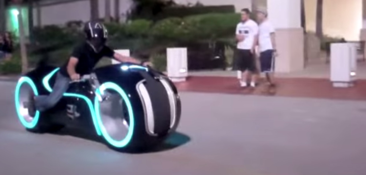 Real Life Tron Motorcycle 1 Motoroids Com