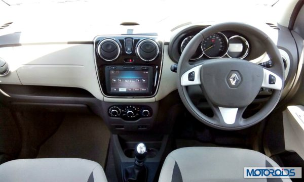 Renault Lodgy India full dashboard