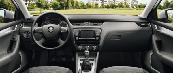 Skoda Octavia Zeal Edition -All Black Dashboard (1)