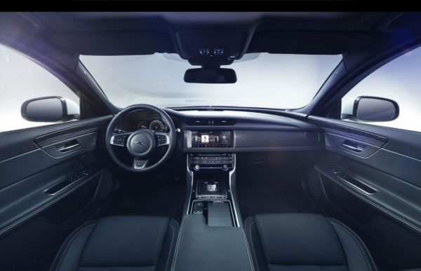new-2016-jaguar-xf-interior