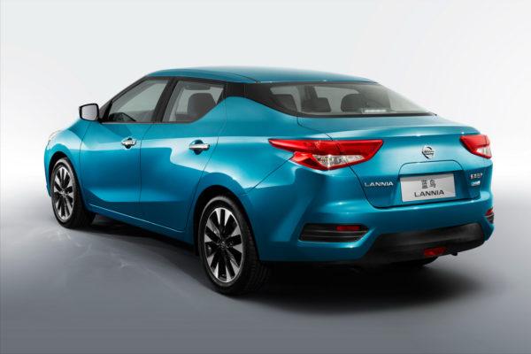 2015 Nissan Lannia (7)