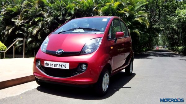 2015 Tata Nano GenX front left three quarters(3)