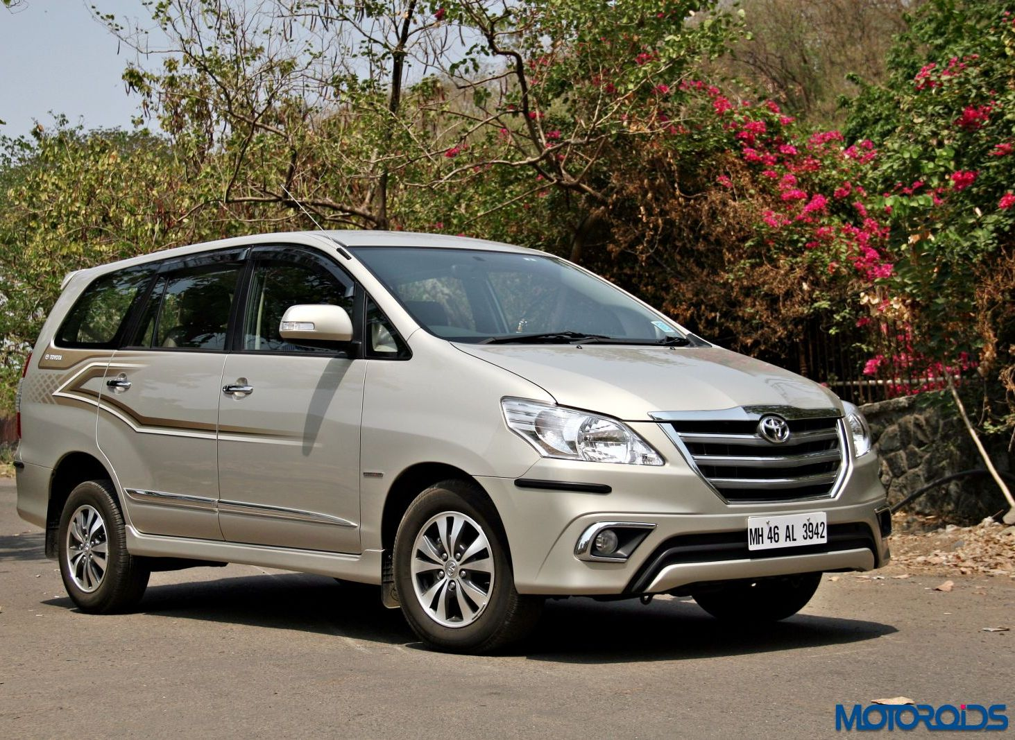 New Toyota Innova 2 5 Z Review Ageless Wonder Motoroids