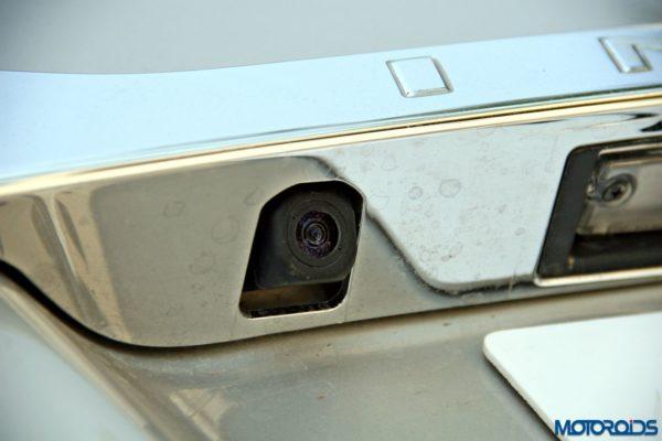 2015 toyota Innova rear parking camera (75)