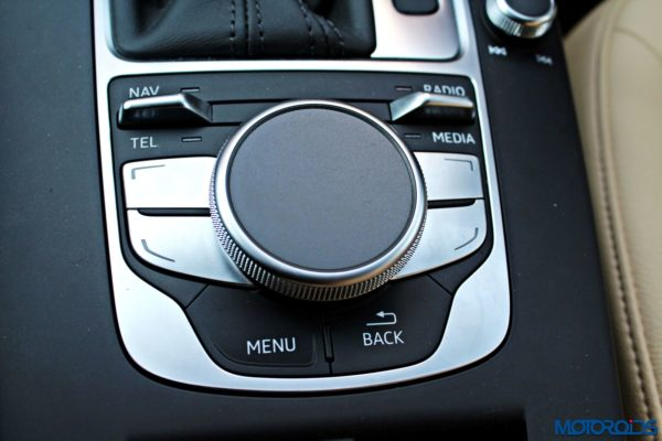 Audi A3 Cabriolet Touchpad (2)
