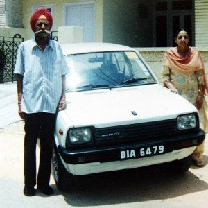 Harpal Singh and Gulshanbeer Kaur with their Maruti 800