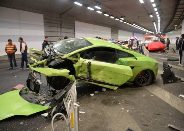 Lamborghini-Gallardo-Superleggera-crash (2)