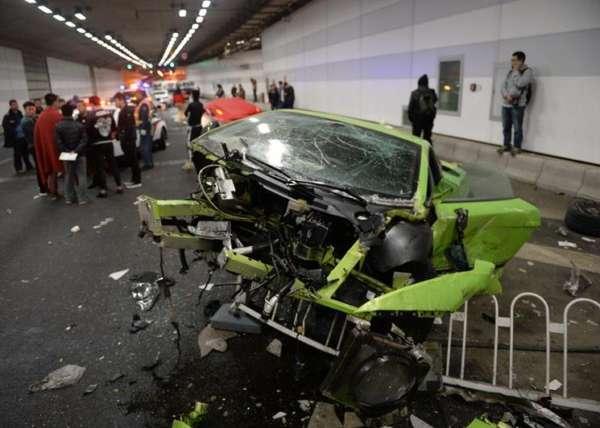 Lamborghini-Gallardo-Superleggera-crash (4)
